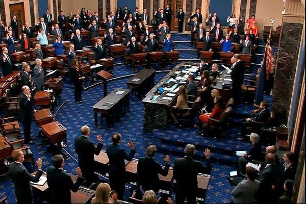 اعضای دموکرات سنا قطعنامه ای را در محکومیت ترامپ ارائه می دهند