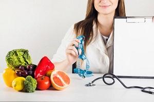 برای لاغر شدن این مواد غذایی را بعد از ساعت ۱۶ نخورید!!