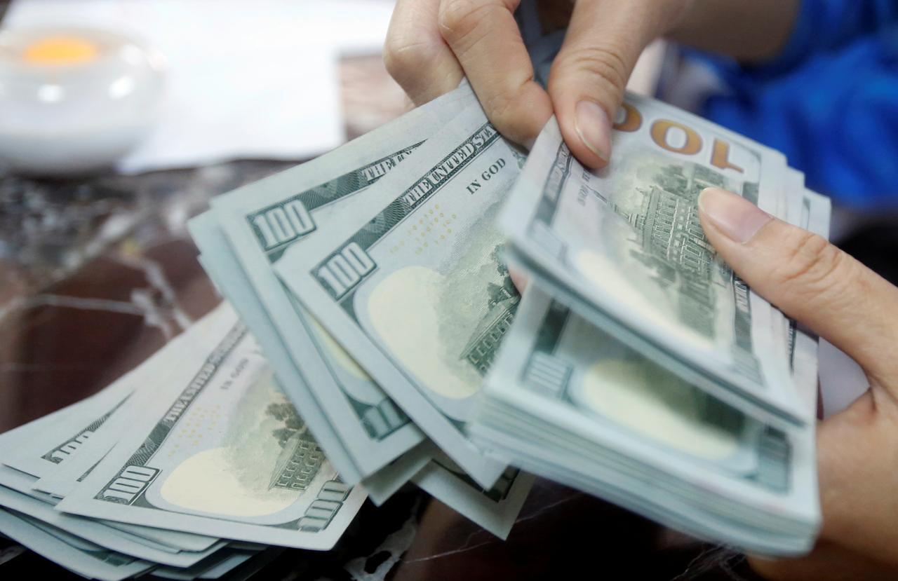 قِصه پر غُصه دلار ۱۸ هزار تومانی