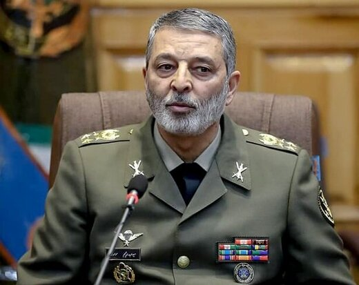 تبریک فرمانده کل ارتش  به وزیر بهداشت به مناسبت روز پزشک