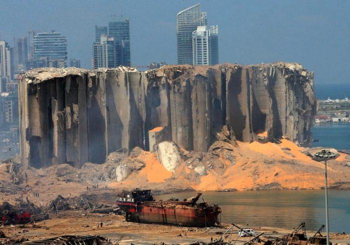 لبنانیها دچار بحران تهیه کالاهای اساسی شوند