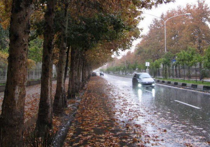 آبگرفتگی معابر و سیلابیشدن رودخانهها در کهگیلویه و بویراحمد