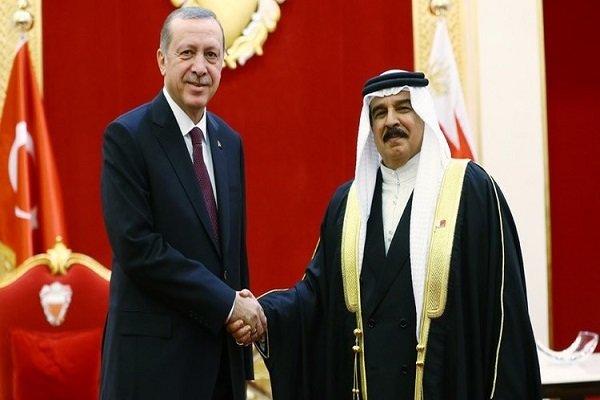 اردوغان و پادشاه بحرین تلفنی گفتگو کردند