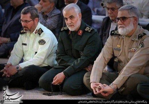 آخرین تصویر از حضور سردار سلیمانی در مراسم سالروز رحلت امام خمینی