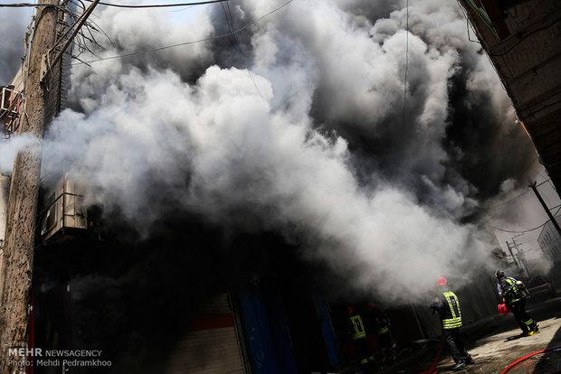 لهیب شعلههای آتش عمدی در اهواز/ کمبود ۹ ایستگاه آتشنشانی