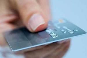 اقشار کم درآمد کارت خرید کالا دریافت می کنند