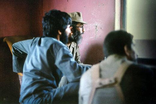 تصویر کمتر دیده شده از رهبر انقلاب در لباس نظامی