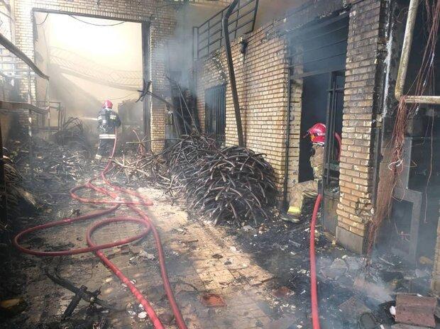تکذیب آتش سوزی در سوله مدیریت بحران/حریق در یک انباری ۲۵ متری
