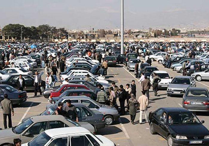 پیشبینی قیمت خودرو تا بعد ماه صفر/ دلار تعیینکننده روند بازار خودرو است