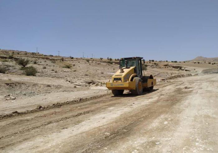 ۱۱ کیلومتر راه روستایی در لنده با همکاری بنیاد علوی در دست اجراست