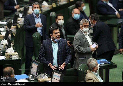 نمایندگان مجلس به سردار سلامی: فرمانده دلاور تشکر تشکر، فرمانده دلاور حمایتت می کنیم