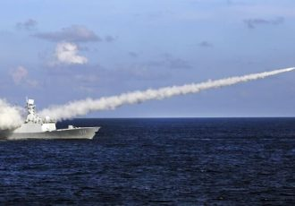 چین سیستم رهگیری موشک میان بُرد را با موفقیت آزمایش کرد