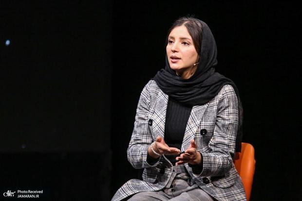 سامره رضایی، کارگردان افغانستانی در گفتگو با جماران: زنان از خانه بیرون نمیآیند؛  کسی نمی تواند به دانشگاه یا سرکار برود/ از ایران میخواهیم از پنجشیر که کورسوی امید ماست حمایت کنند/ طالبان همان گروه تروریستی هستند که بسیاری از دانشآموزان شیعه را کشتند