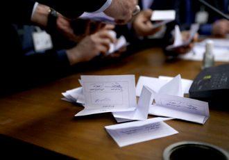 پشت پای وزارت ورزش به آئین نامه خودنوشته/ دردسرهای «۱۲۰» روزه!